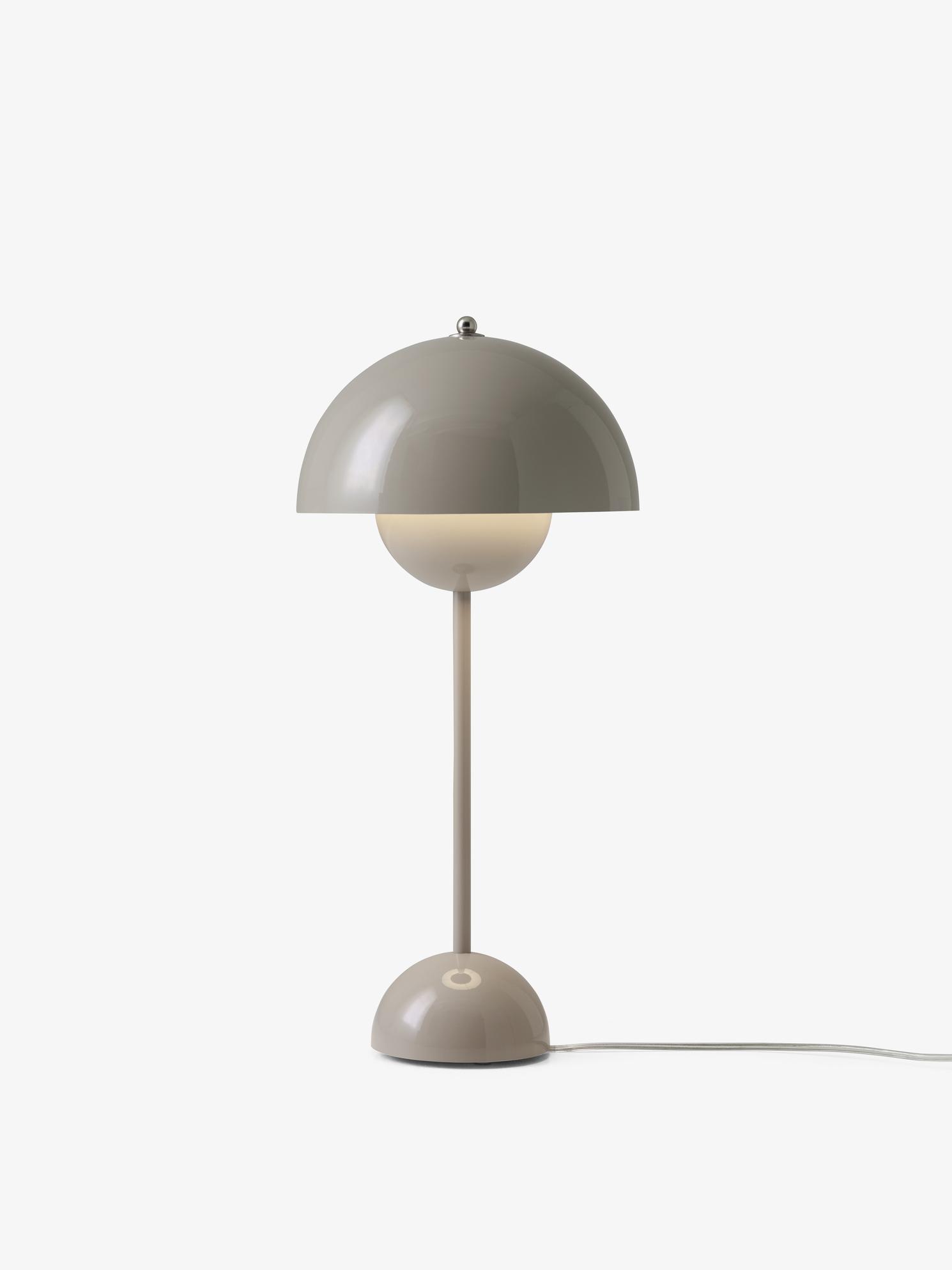 & tradition Tischleuchte Flowerpot VP3 grey-beige