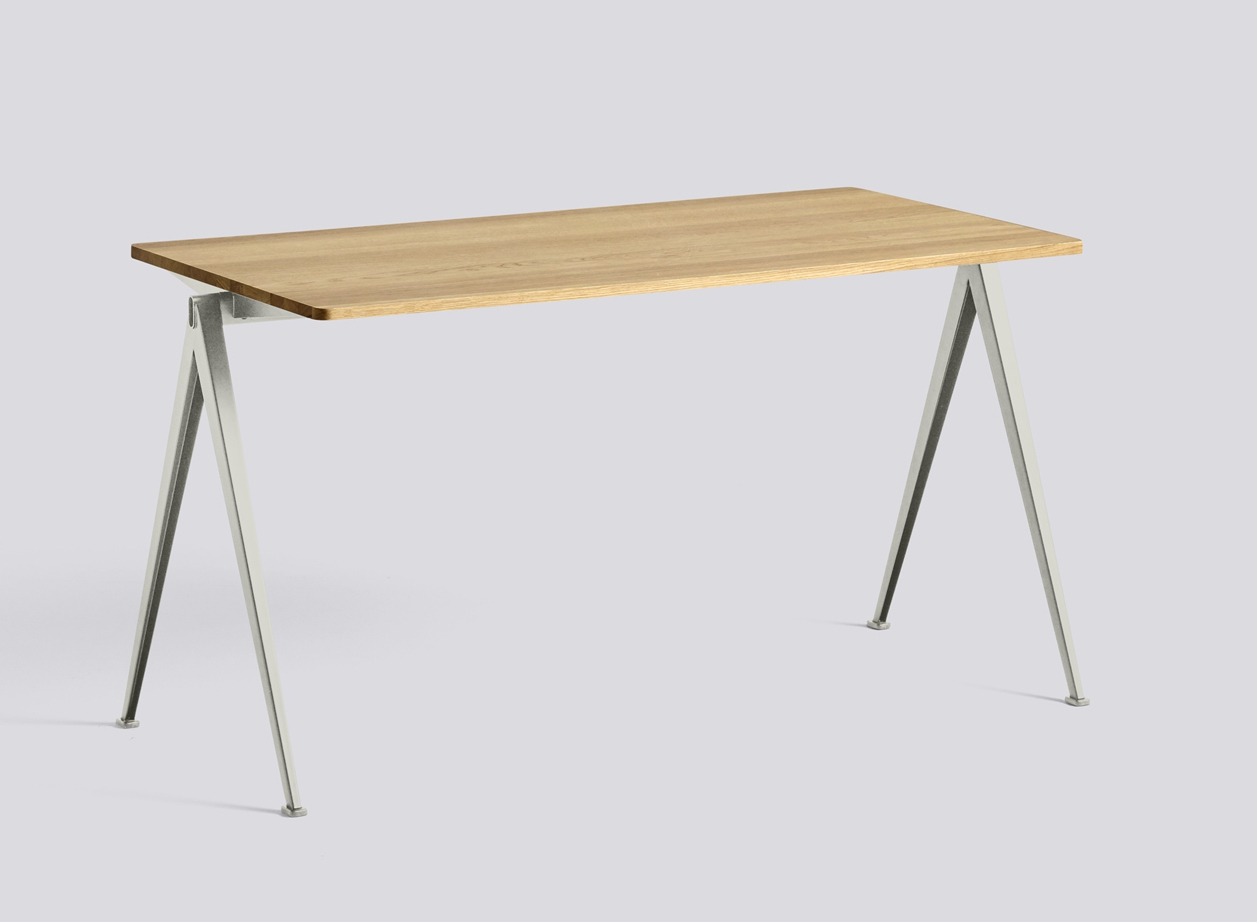 HAY Tisch Pyramid Table 01 beige - oak clear laquered