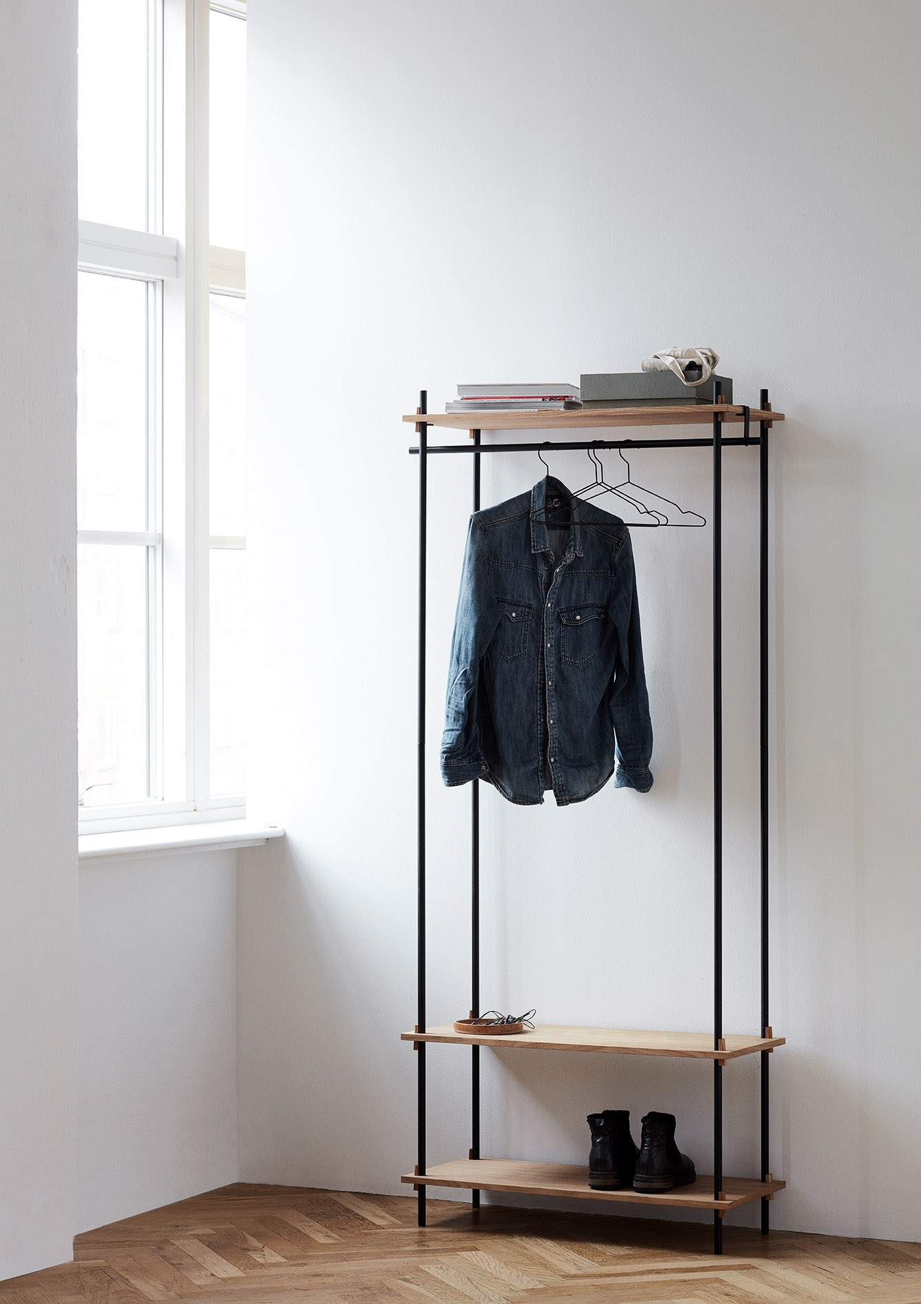 Moebe Shelving System Garderobe