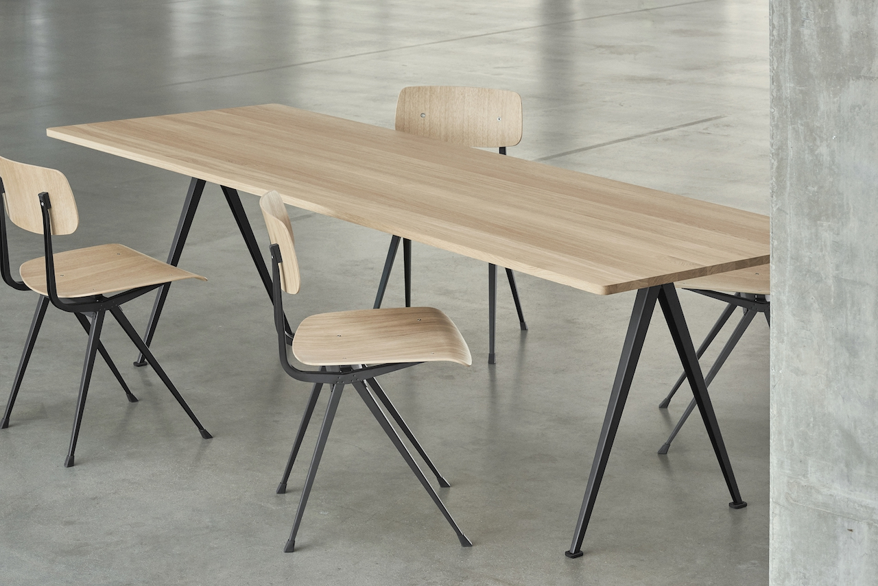 HAY Tisch Pyramid Table 02 beige - oak clear laquered