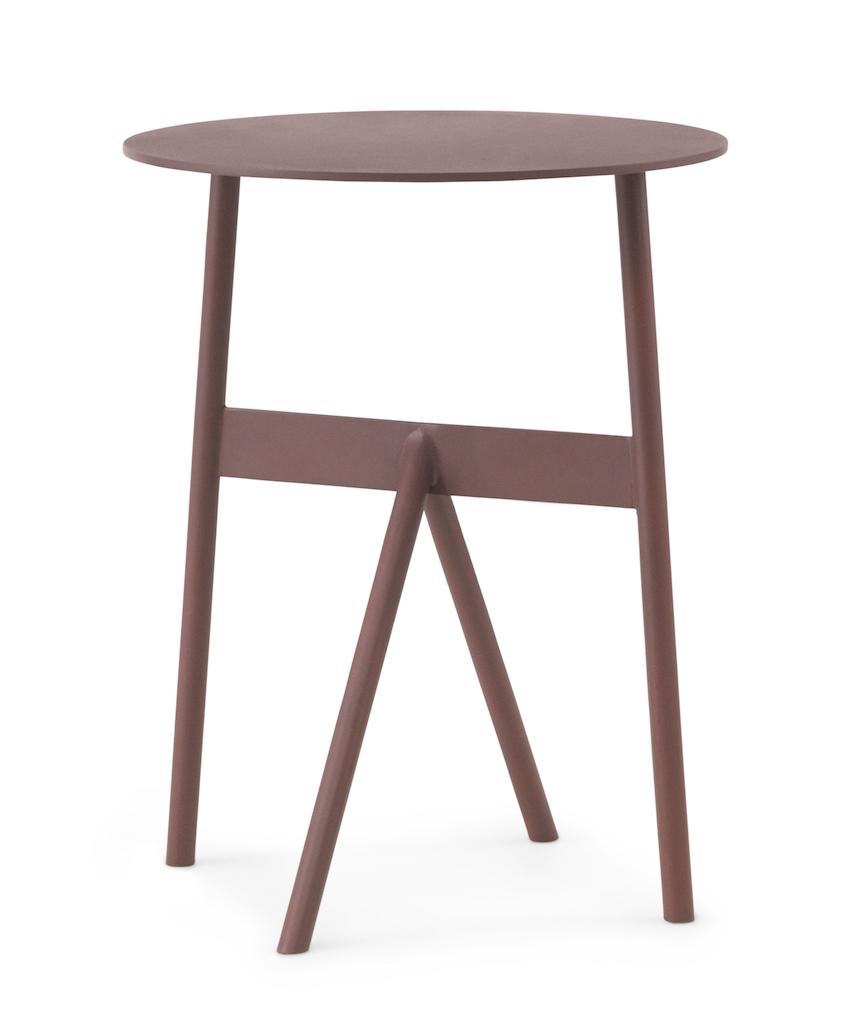 normann copenhagen Stock Tisch weinrot