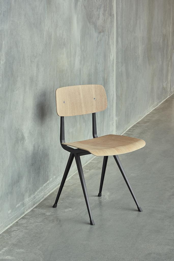 HAY Result Chair schwarz oak clear laquered