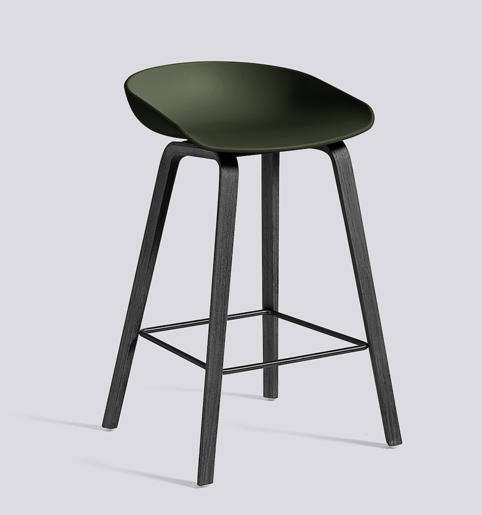 HAY About a Stool 32 schwarz green