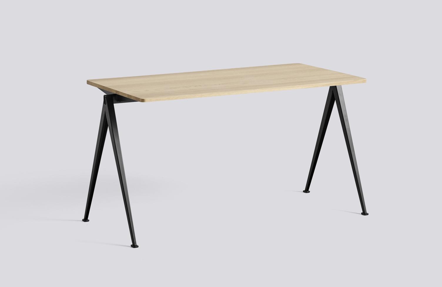 HAY Tisch Pyramid Table 01 black - oak matt laquered