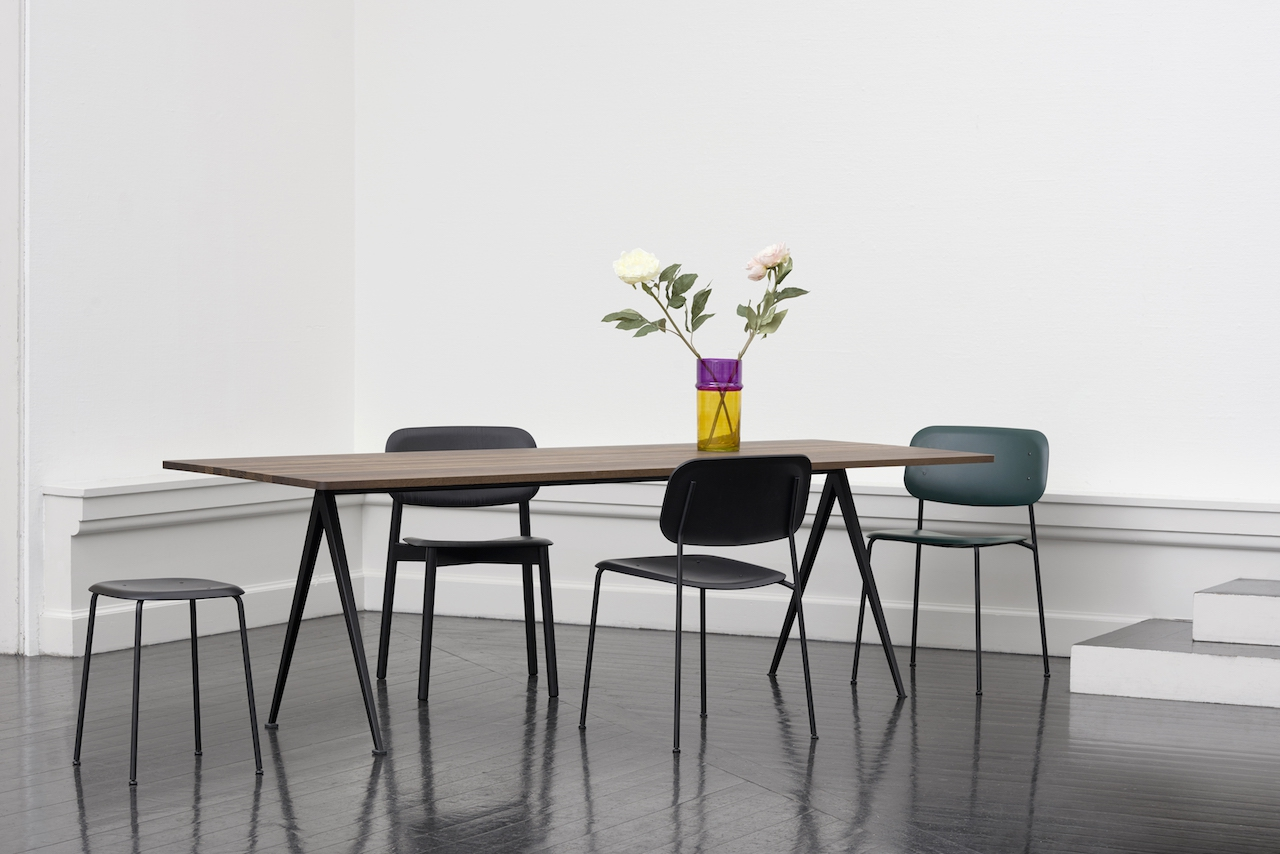 HAY Tisch Pyramid Table 02 black - oak clear laquered
