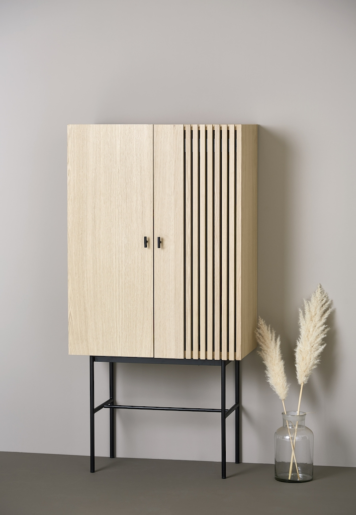 Woud Highboard Array Eiche