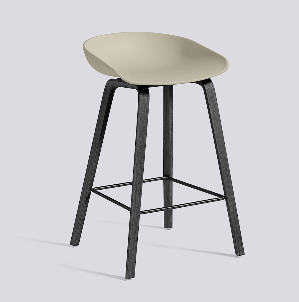 HAY About a Stool 32 schwarz pastel green