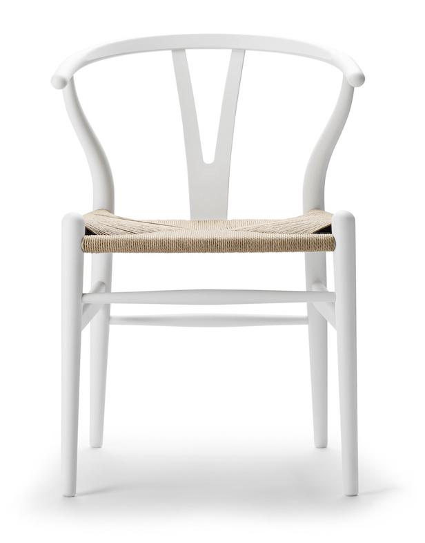 Carl Hansen CH 24 soft white Wishbone Chair