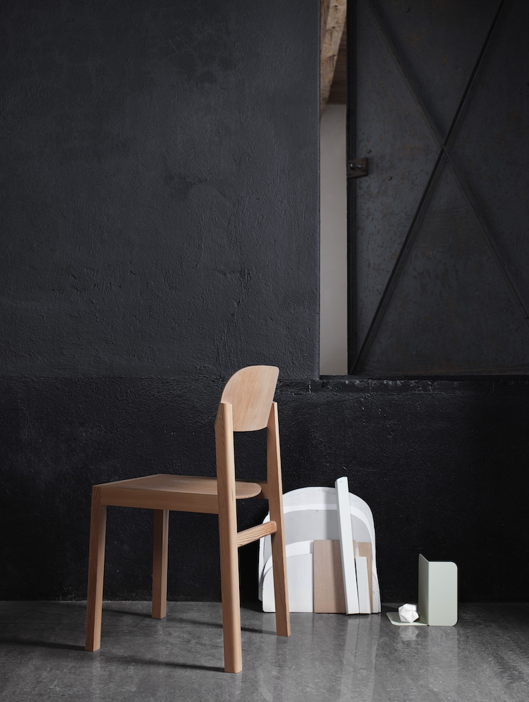 muuto Workshop Chair oregon Pine