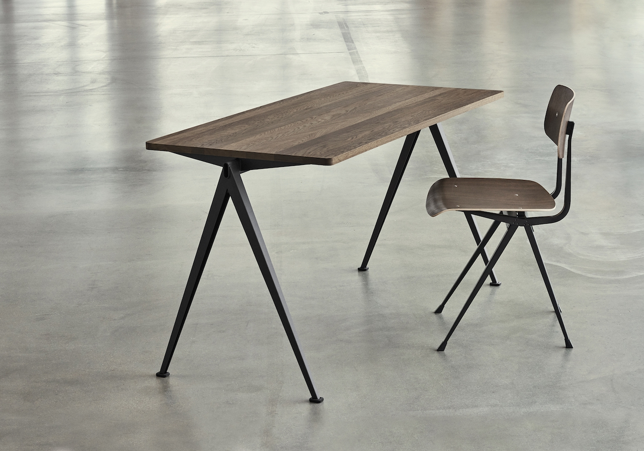HAY Tisch Pyramid Table 01 black - smoked oak