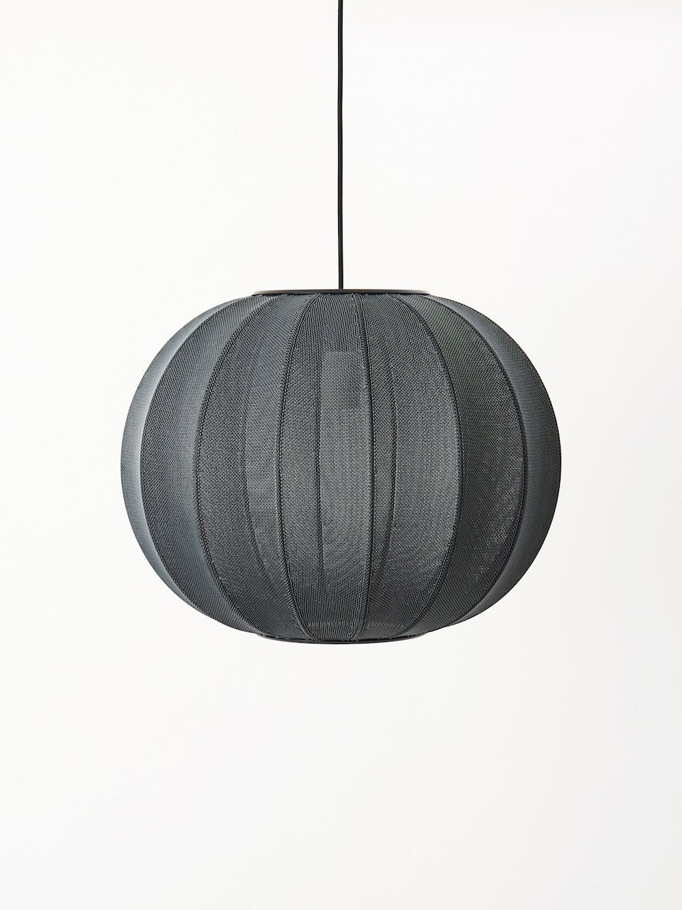 Made by Hand Knit Wit Pendelleuchte black ø45cm